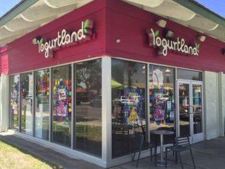 Yogurtland restaurant