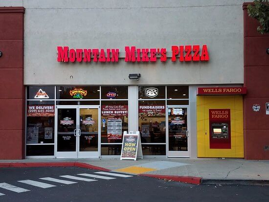 Mountain Mike's Pizza franchise