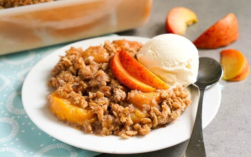 Peach Cobbler Oatmeal recipe