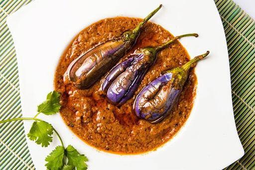 Bhagare Baingan Curry recipe