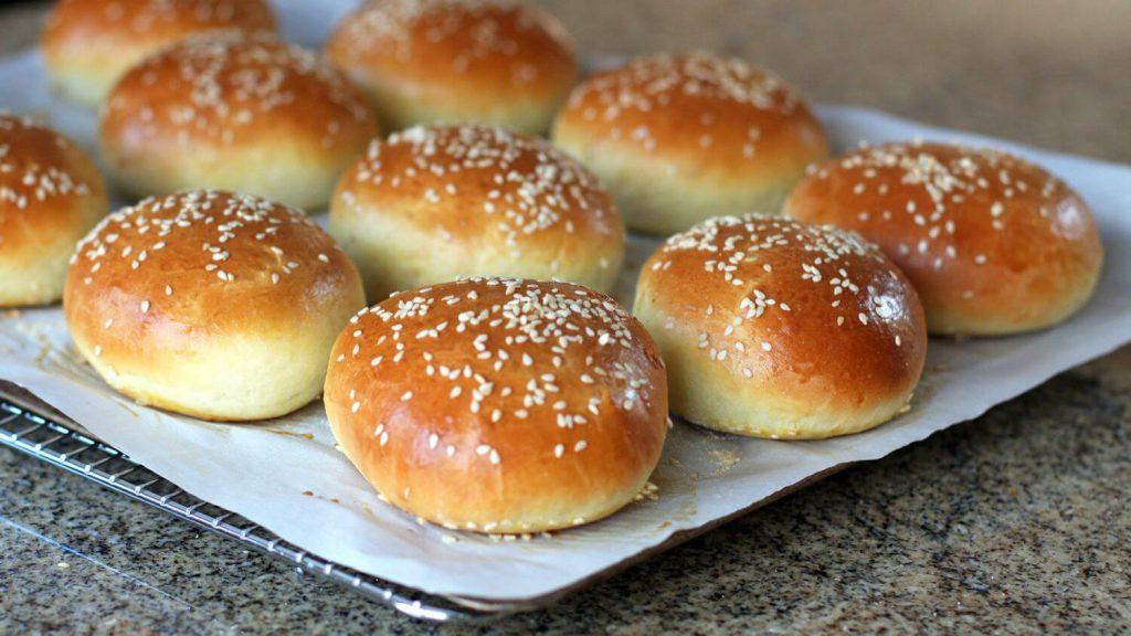 Cornmeal Hamburger Buns
