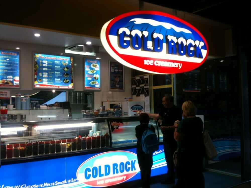 cold rock ice cream franchise