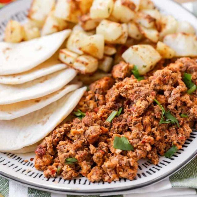 Huevos Con Chorizo Recipe