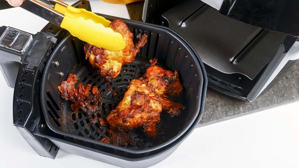How to Clean Air Fryer Basket